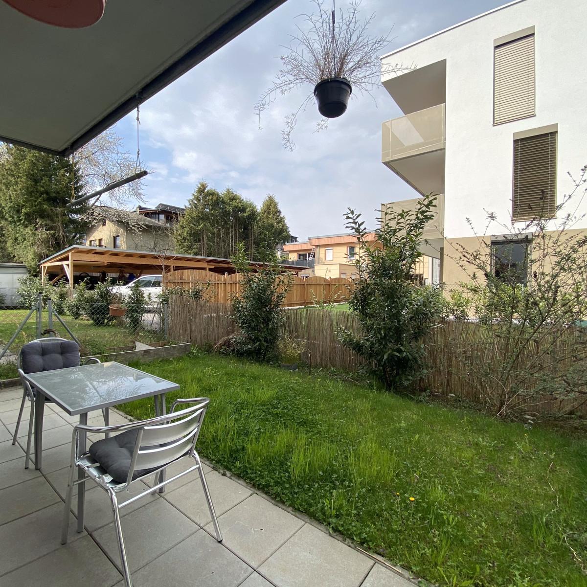 2-Zimmer-Wohnung mit Garten und Tiefgaragenabstellplatz!